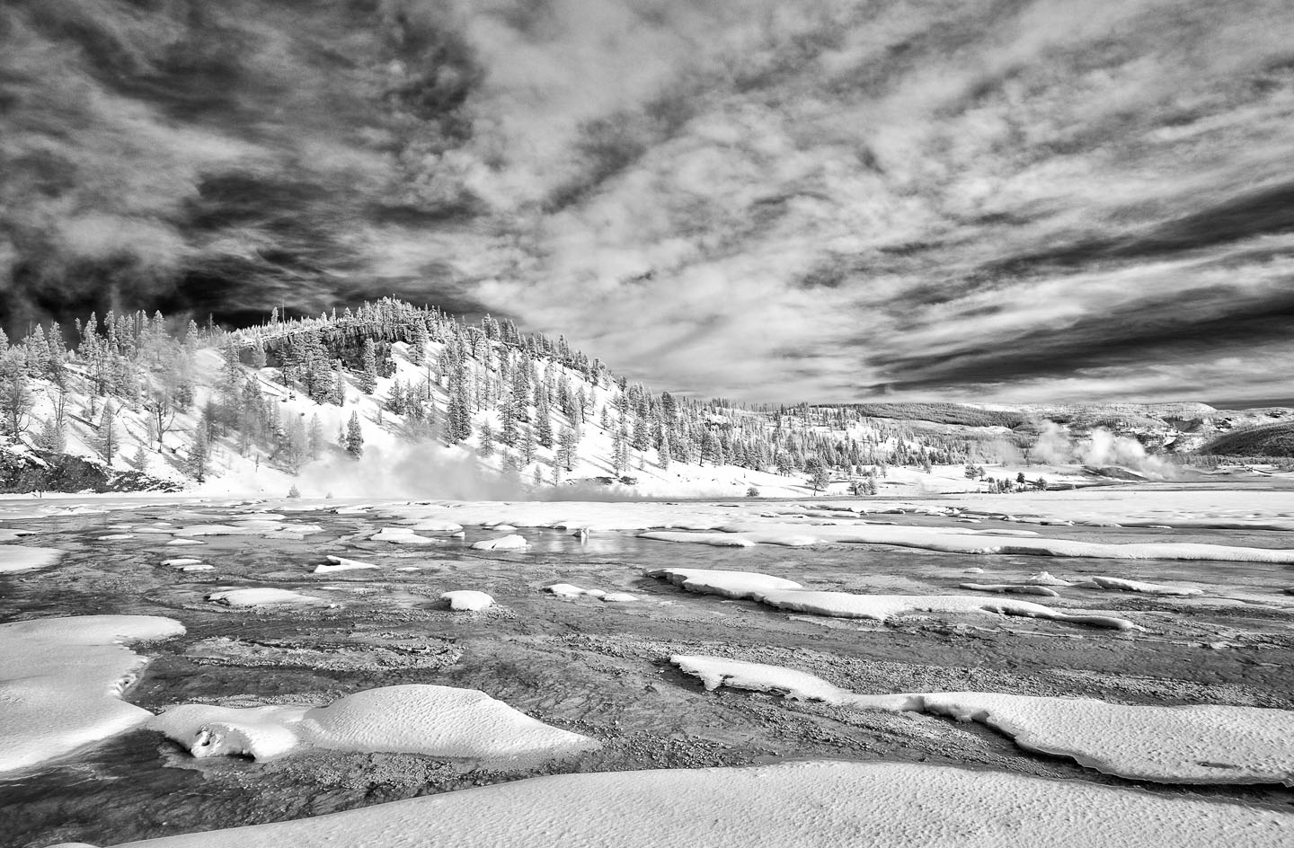 Yellowstone_SW_XEIR1120-Edit